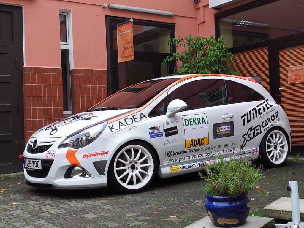 Opel Corsa OPC (weiss)