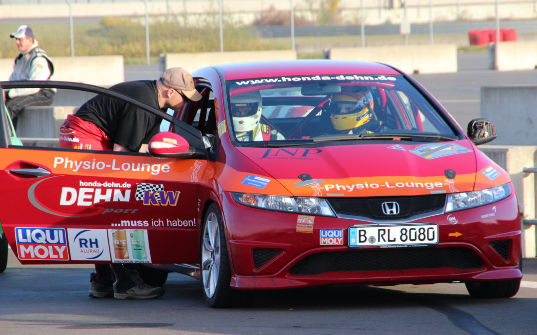 Deine Chance auf eine Taxifahrt in einem Rallyeauto