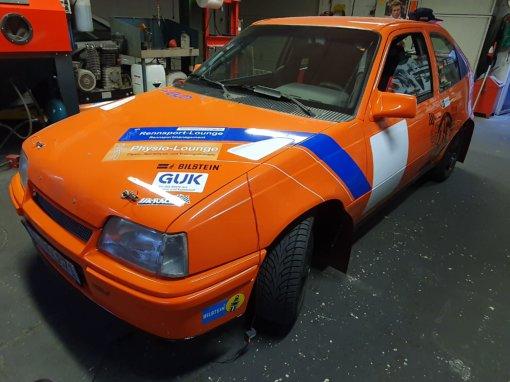 Opel Kadett GSI orange